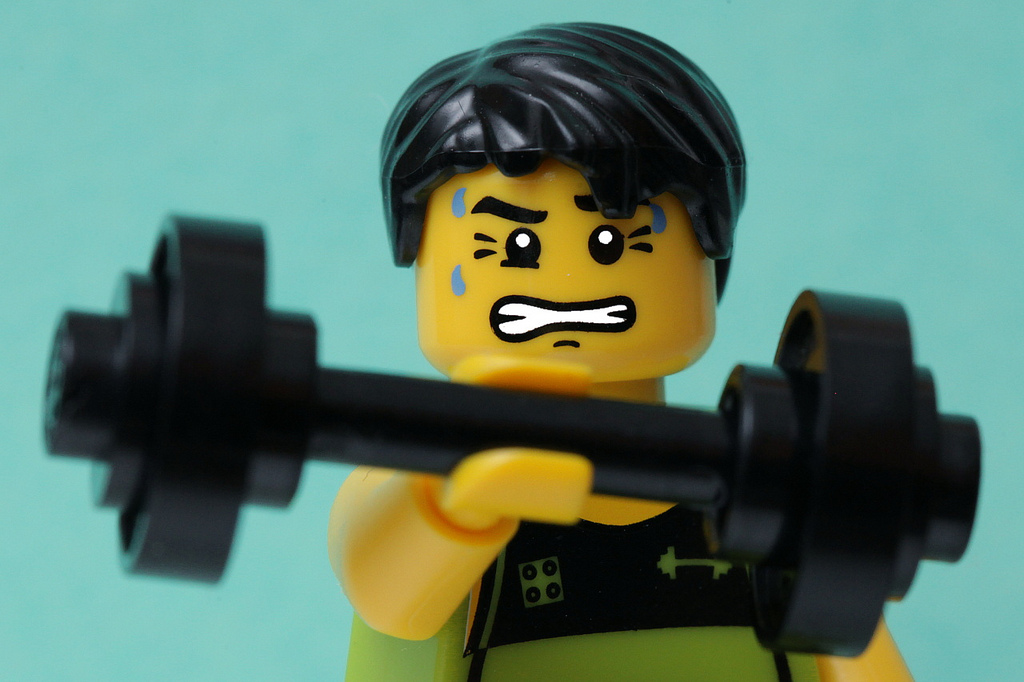 Lego-man-working-out